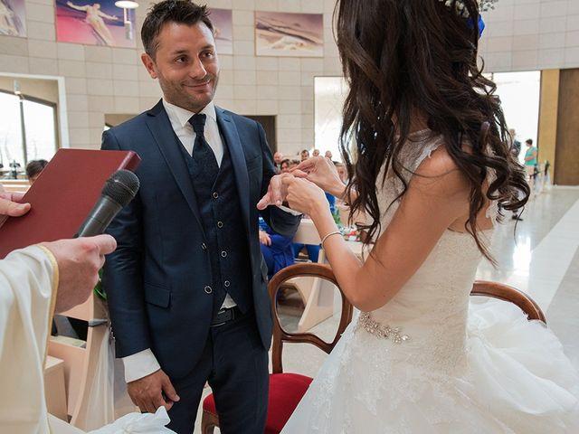 Il matrimonio di Stefano e Clara a Grassobbio, Bergamo 23