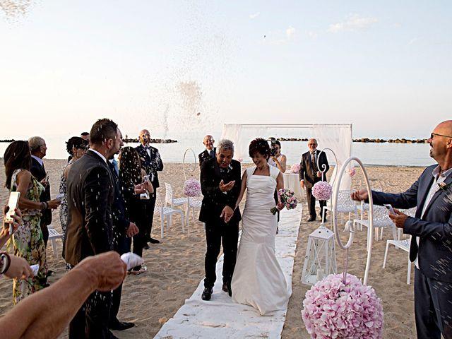 Il matrimonio di Daniele e Barbara a Francavilla al Mare, Chieti 17
