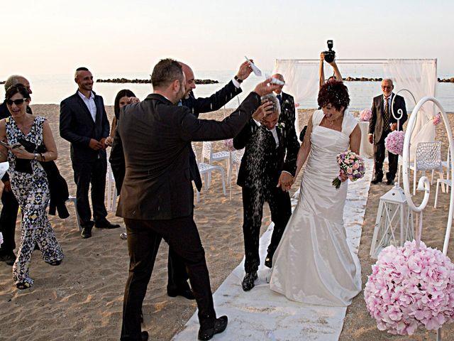 Il matrimonio di Daniele e Barbara a Francavilla al Mare, Chieti 19