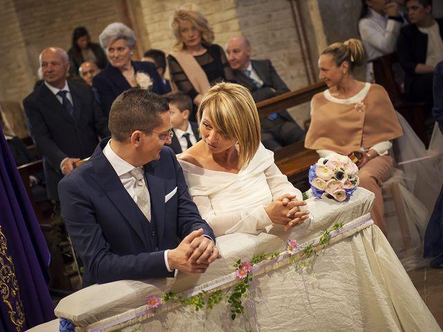 Il matrimonio di Marco e Daniela a Tolentino, Macerata 20
