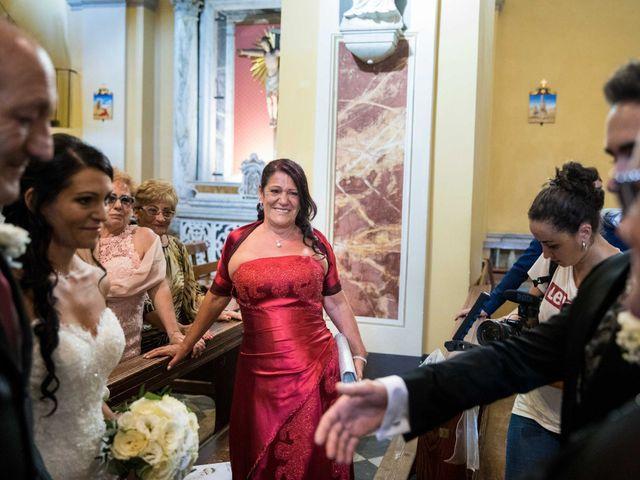 Il matrimonio di Davide e Roberta a Carrara, Massa Carrara 27