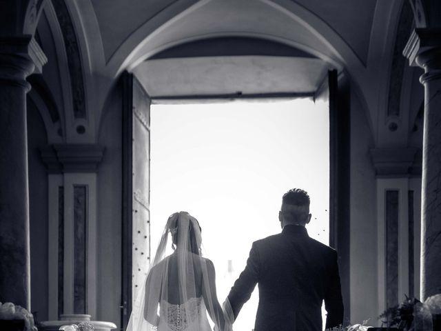 Il matrimonio di Davide e Roberta a Carrara, Massa Carrara 37