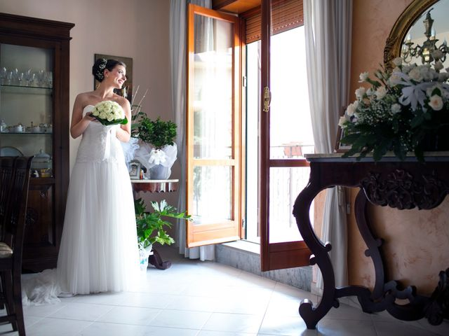 Il matrimonio di Nicola e Rosa a Sorrento, Napoli 16