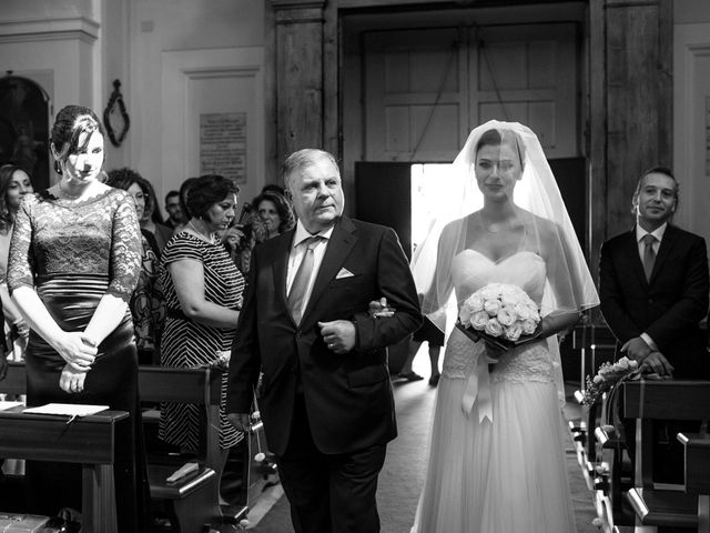 Il matrimonio di Nicola e Rosa a Sorrento, Napoli 23