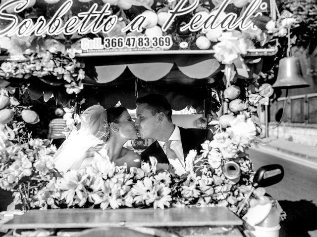 Il matrimonio di Nicola e Rosa a Sorrento, Napoli 33