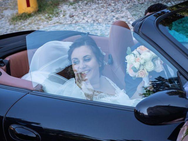 Il matrimonio di Stefano e Claudia a Besozzo, Varese 27