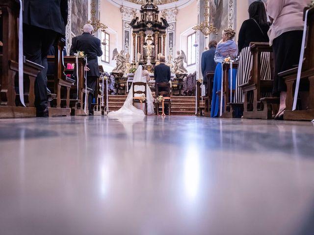 Il matrimonio di Stefano e Claudia a Besozzo, Varese 32