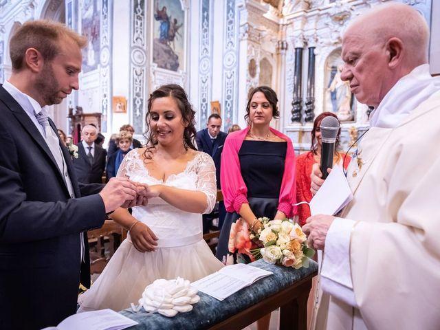 Il matrimonio di Stefano e Claudia a Besozzo, Varese 37