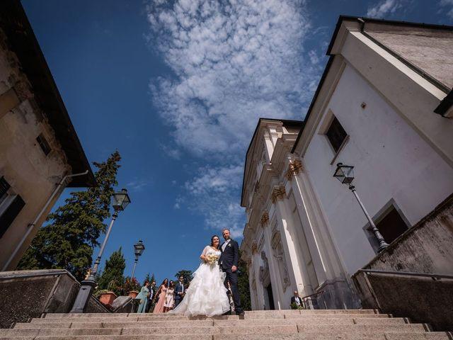 Il matrimonio di Stefano e Claudia a Besozzo, Varese 54