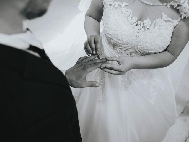 Il matrimonio di Michele e Veronica a Casacanditella, Chieti 13