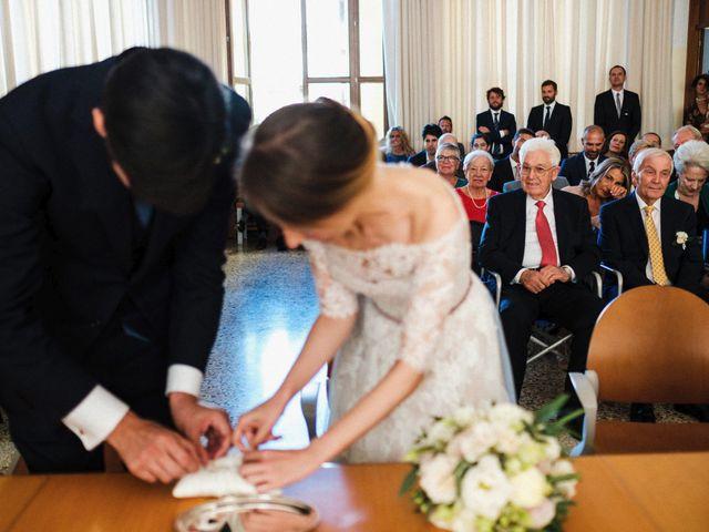 Il matrimonio di Luca e Danielle a Lido di Venezia, Venezia 35