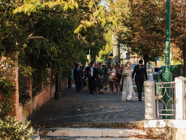 Il matrimonio di Luca e Danielle a Lido di Venezia, Venezia 55