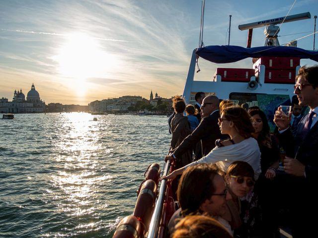 Il matrimonio di Luca e Danielle a Lido di Venezia, Venezia 59