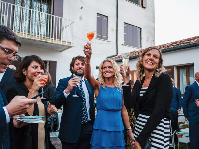 Il matrimonio di Luca e Danielle a Lido di Venezia, Venezia 67