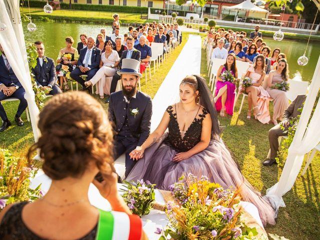 Il matrimonio di Antonio e Erica a Salvirola, Cremona 25