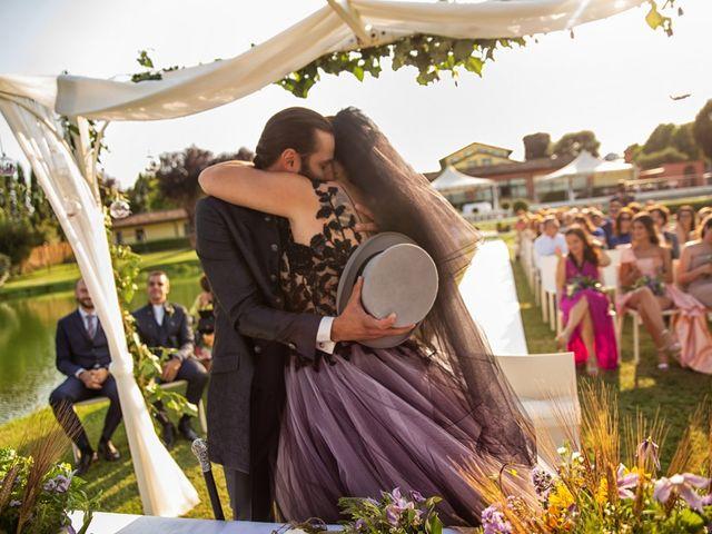 Il matrimonio di Antonio e Erica a Salvirola, Cremona 27