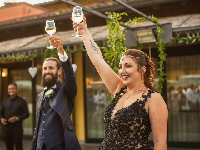 Il matrimonio di Antonio e Erica a Salvirola, Cremona 42