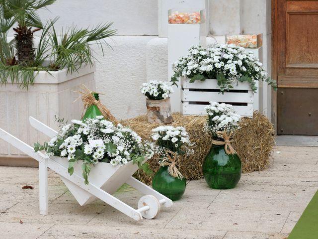 Il matrimonio di Domenico e Graziana a Mola di Bari, Bari 15