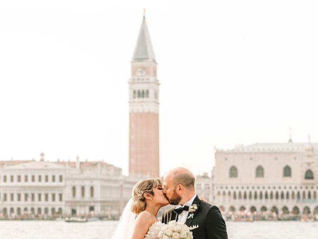 Il matrimonio di Marco e Giulia a Lido di Venezia, Venezia 68