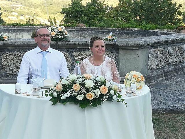 Il matrimonio di Alessandro e Enrica a Vaiano, Prato 23
