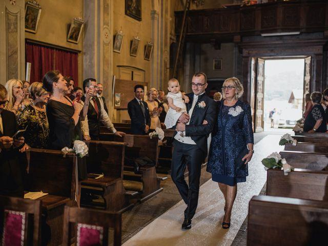 Il matrimonio di Davide e Glenda a Quarna Sopra, Verbania 25