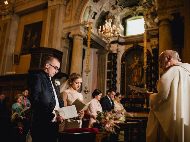 Il matrimonio di Davide e Glenda a Quarna Sopra, Verbania 32