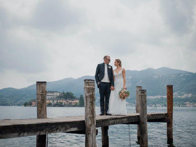 Il matrimonio di Davide e Glenda a Quarna Sopra, Verbania 53