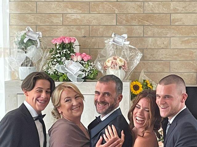 Il matrimonio di Raffaele  e Anna  a Napoli, Napoli 11