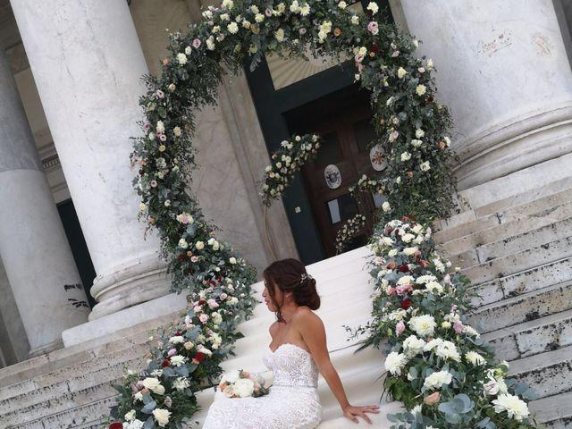 Il matrimonio di Raffaele  e Anna  a Napoli, Napoli 22