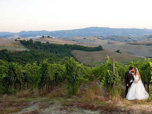 Il matrimonio di Alessio e Veronica a Terricciola, Pisa 35