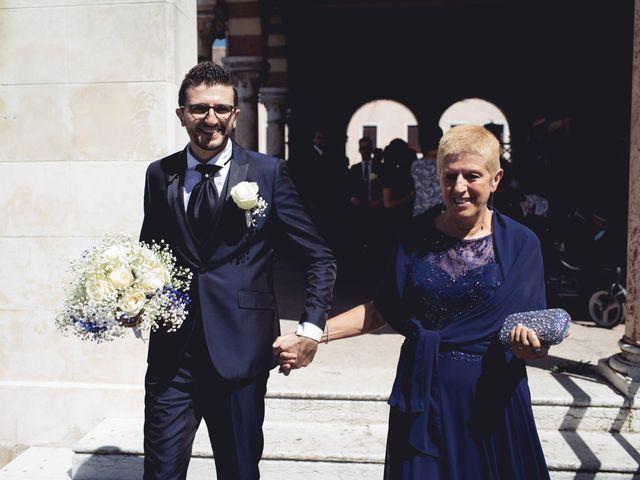 Il matrimonio di Nicola e Elisabetta a Sanguinetto, Verona 33