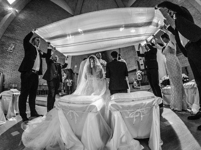 Il matrimonio di Luca Marconi e Lucia Torriani a Macerata, Macerata 3