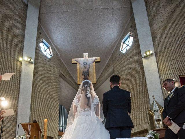 Il matrimonio di Luca Marconi e Lucia Torriani a Macerata, Macerata 6