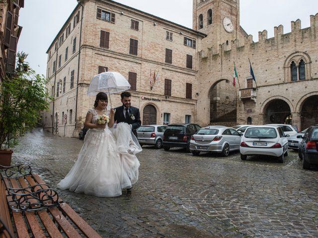 Il matrimonio di Luca Marconi e Lucia Torriani a Macerata, Macerata 23