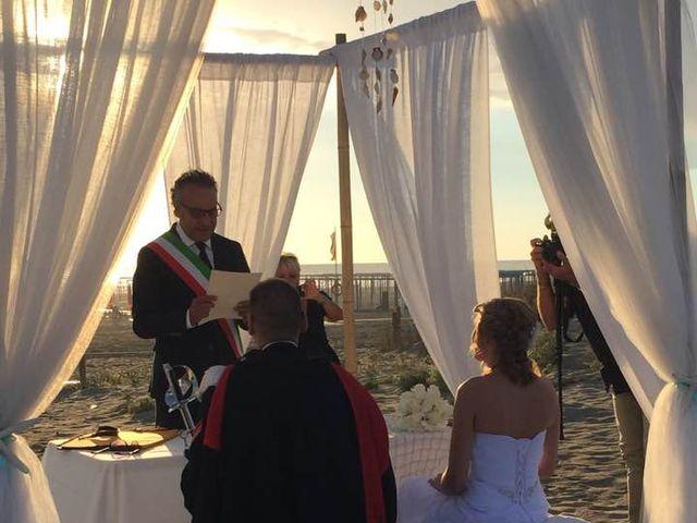 Il matrimonio di Elena e Sebastiano a Viareggio, Lucca 6