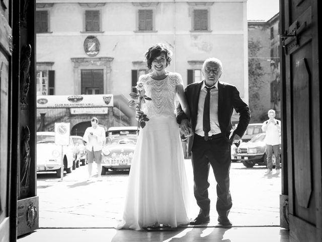 Il matrimonio di Pierfrancesco e Noki a Pontremoli, Massa Carrara 8