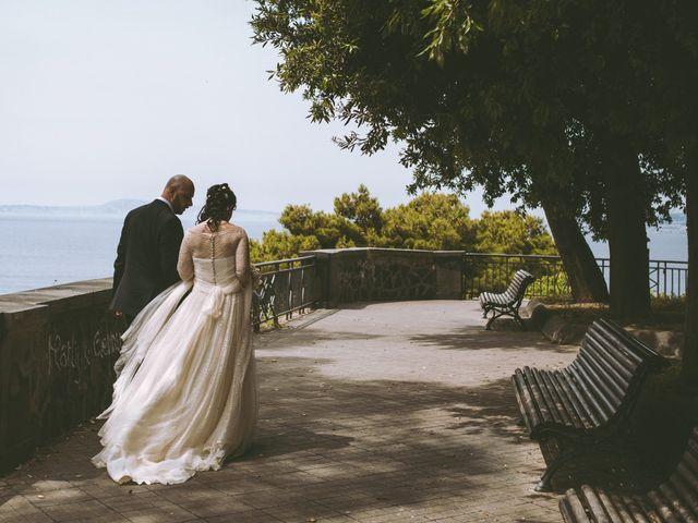 Il matrimonio di Vincenzo e Romina a Vico Equense, Napoli 15