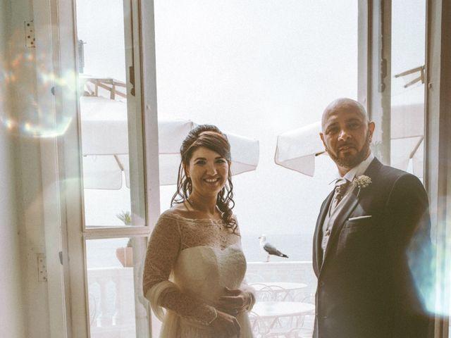 Il matrimonio di Vincenzo e Romina a Vico Equense, Napoli 17