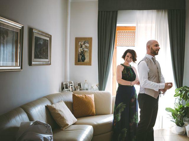 Il matrimonio di Vincenzo e Romina a Vico Equense, Napoli 28