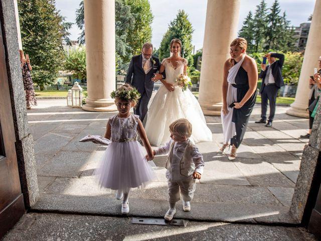Il matrimonio di Matthias e Valentina a Lecco, Lecco 24