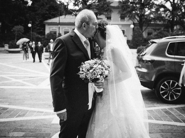Il matrimonio di Filippo e Sara a Lonate Pozzolo, Varese 12
