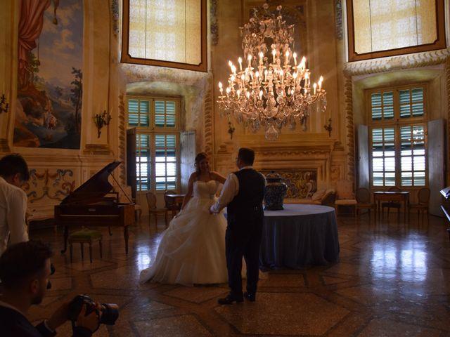 Il matrimonio di Sara e Luca a Roppolo, Biella 8