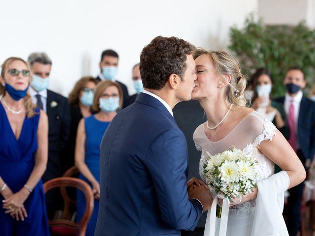Il matrimonio di Tommaso e Claudia a Bacoli, Napoli 32