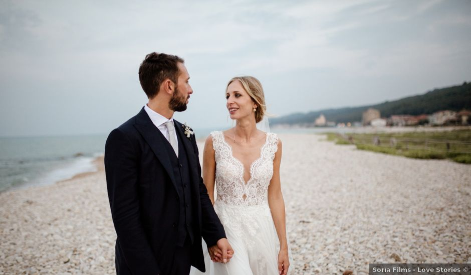 Il matrimonio di Filippo e Vittoria a Pescara, Pescara