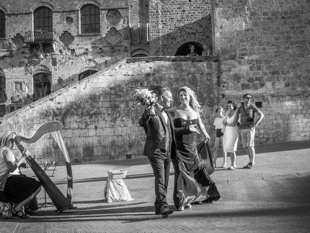 Il matrimonio di Franco e Miriam a San Gimignano, Siena 18