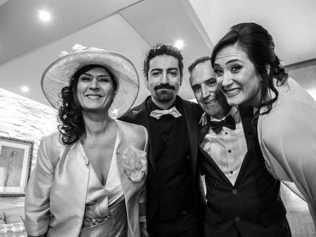 Il matrimonio di Vincenzo e Serena a Gravina in Puglia, Bari 11