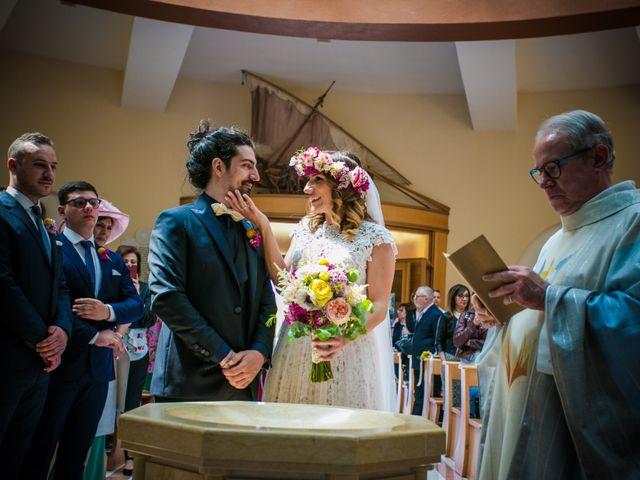 Il matrimonio di Vincenzo e Serena a Gravina in Puglia, Bari 15