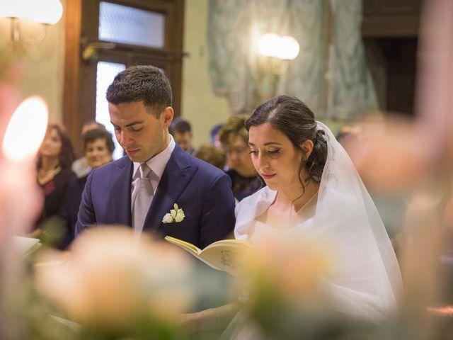 Il matrimonio di Alessandro e Paola a Varano Borghi, Varese 8