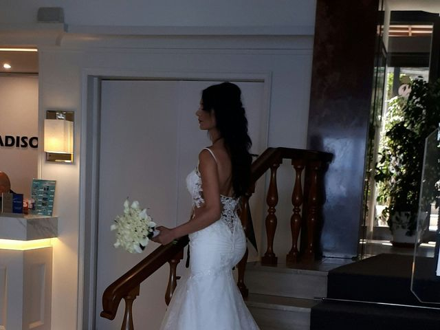 Il matrimonio di Mariano  e Consuelo  a Napoli, Napoli 13
