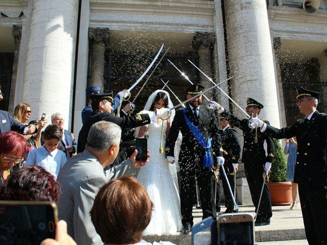Il matrimonio di Mariano  e Consuelo  a Napoli, Napoli 24